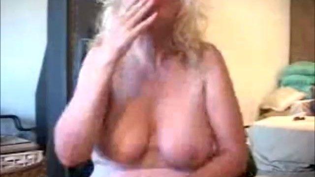 Wild granny porn star zoe zane smokes n hose