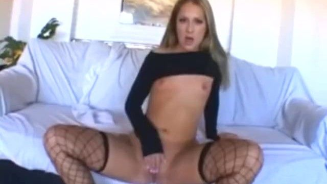 Sexy blond milf chelsea rae rubbing her bald snatch in underware