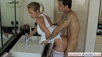 Hawt golden-haired bride nicole aniston banging