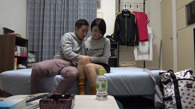 Movie of taking home a short-cut sports angel
