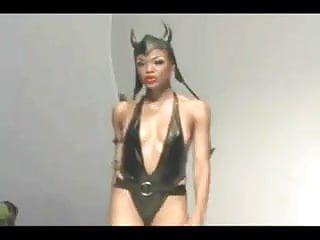 The gal of my caribbean dark chicks - ameman