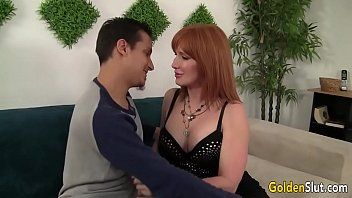 Mature woman freya fantasia seduces guy