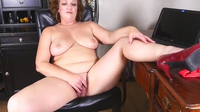 Overweight older mother copulates her large cum-hole