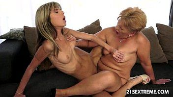 Caitlin and doris ivy old youthful lesbo love