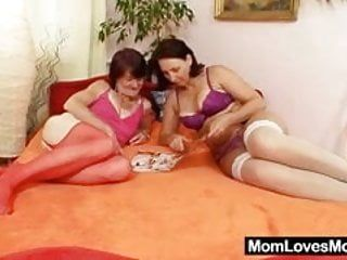 Shaggy grandma toyed by breasty older lesbo