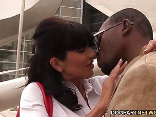 Slutty cougar tara holiday enjoys bbc