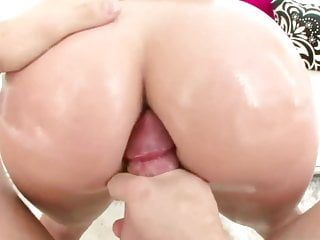 3some pumping with tara holiday britney brooks
