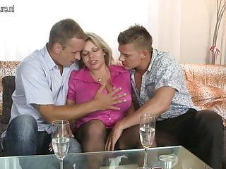 Large breasted mama engulfing and pumping 2 boyz