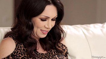 Mother-in-love rayveness and gracie glam licking every other out
